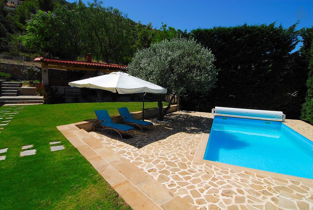 The Sea Breeze House Villa with Pool in Theologos Fthiotida