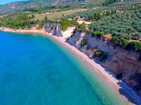 Παραλία Στρογγύλια, Μαλεσίνα Φθιώτιδα