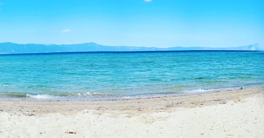 Παραλία Σχοινιά Λιβανάτες